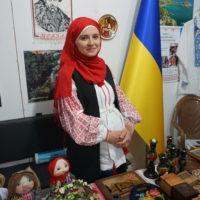 Fakat Ukraynanın standında sadece yöresel yemeklerini değil, Ukrayna güzelliklerini de görmek mümkündü.